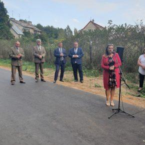 Przewodnicząca Rady Gminy Jedwabno pani Elżbieta Brzóska
